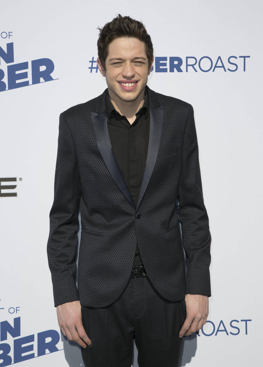 Sober Pete Davidson Jokes About Sexual Prowess In Saturday Night Live Return
