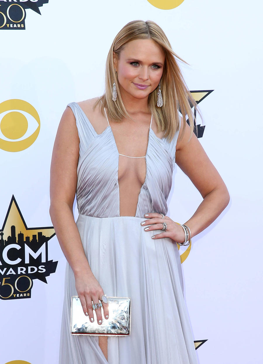 Miranda Lambert Closes Boutique In Blake Shelton's Hometown