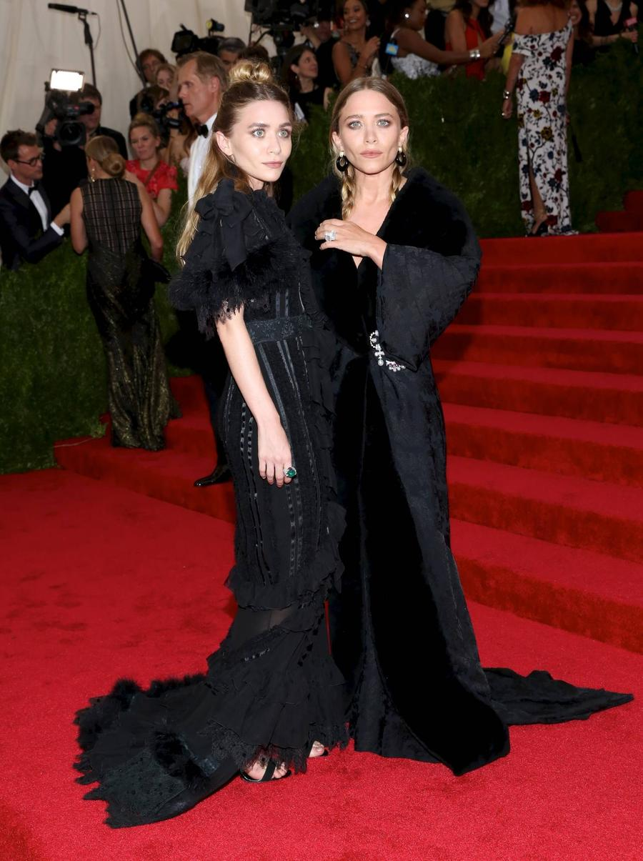 Mary-kate And Ashley Olsen Settle Interns' Wage Theft Suit