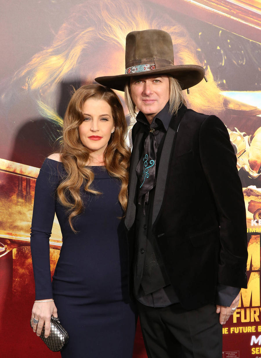 Lisa Marie Presley's Estranged Husband Living 'Below Poverty Line'