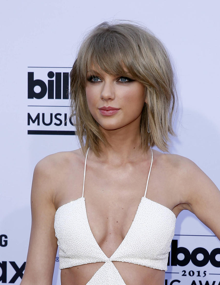 Taylor Swift Launching Mobile Game