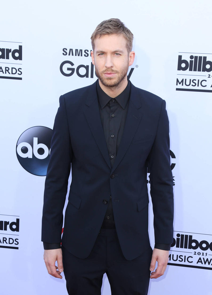 Calvin Harris Snubs Taylor Swift In Vmas Acceptance Speech