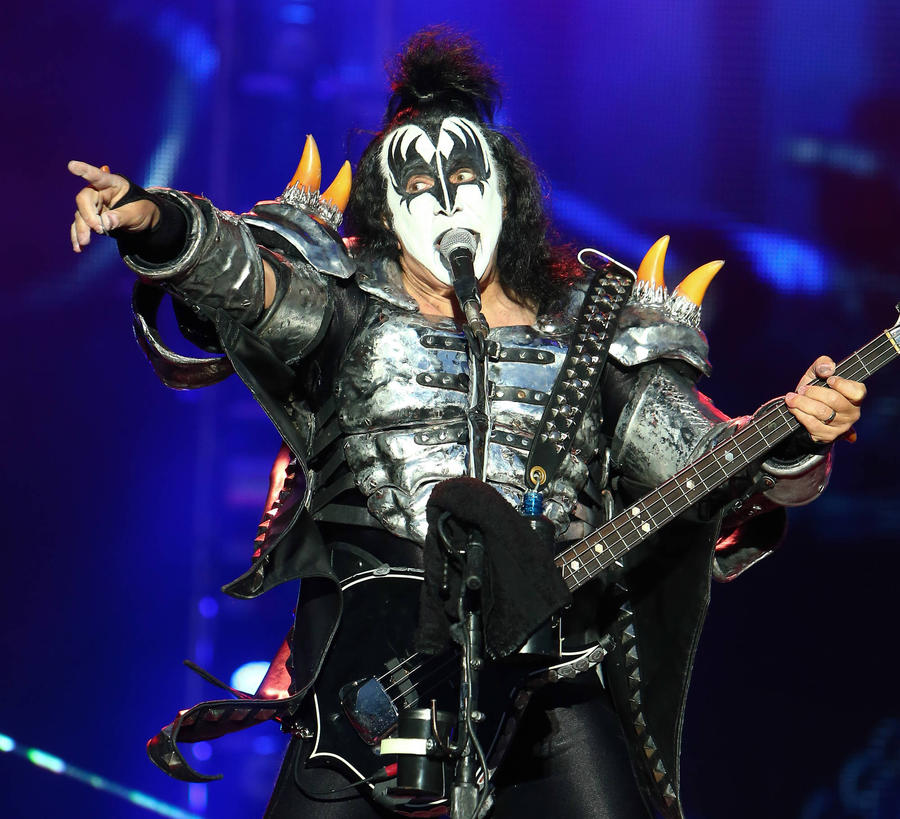 Gene Simmons Flies Liberian Boy To Los Angeles For Surgery