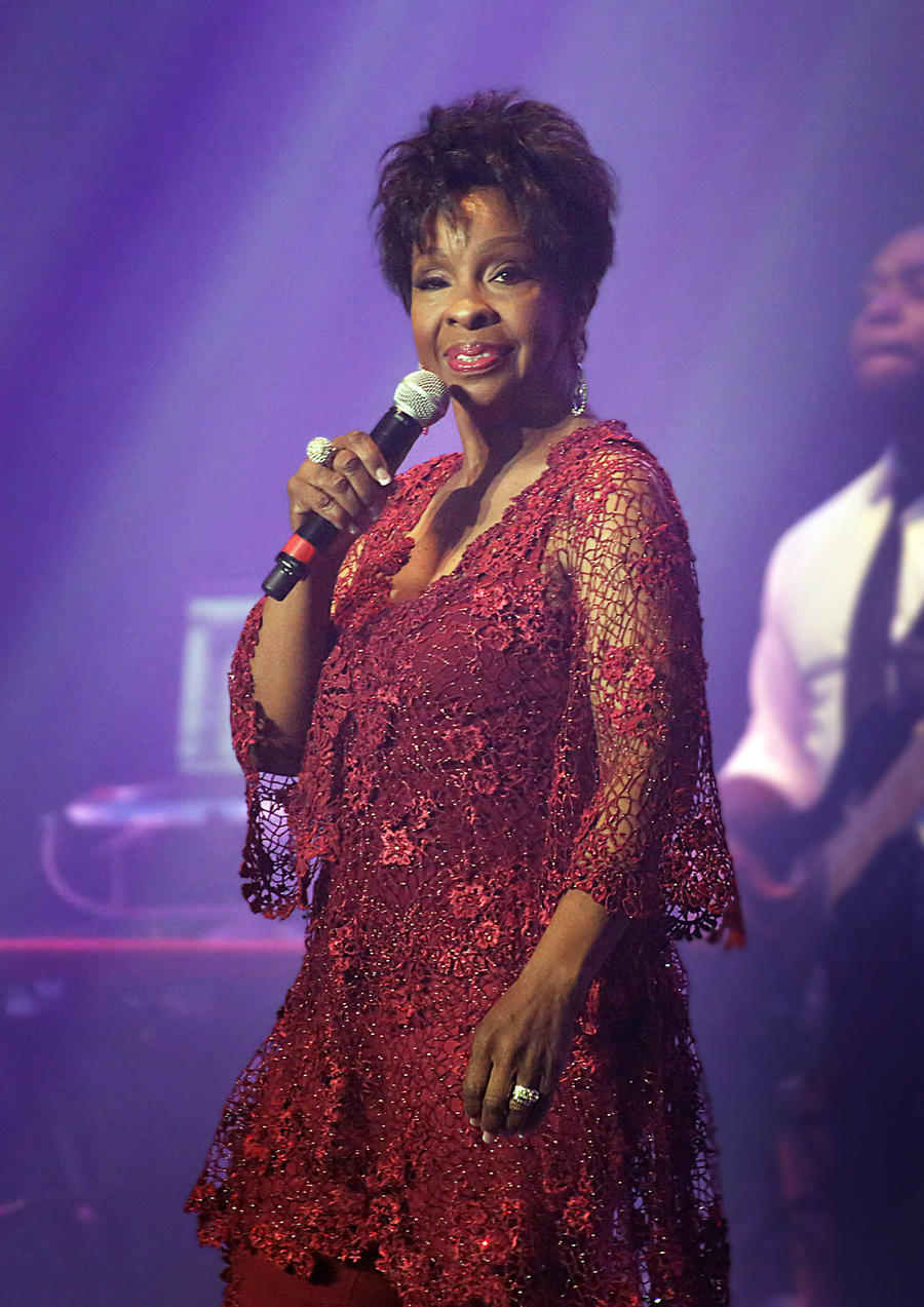 Gladys Knight Wants Restaurateur Son Held To Default Judgement