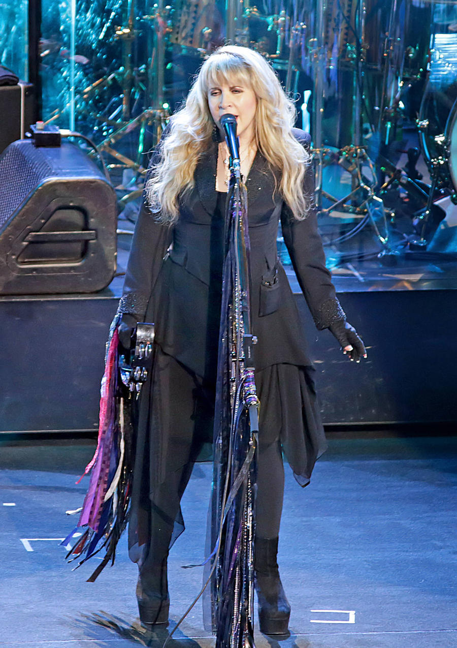 Stevie Nicks Delights School Of Rock Audience With Surprise Performance