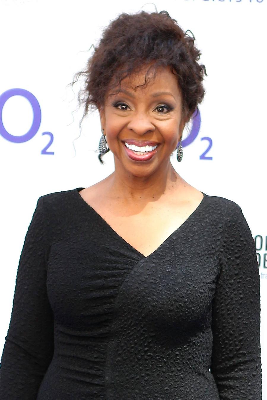 Gladys Knight Escapes Speeding Ticket With Song