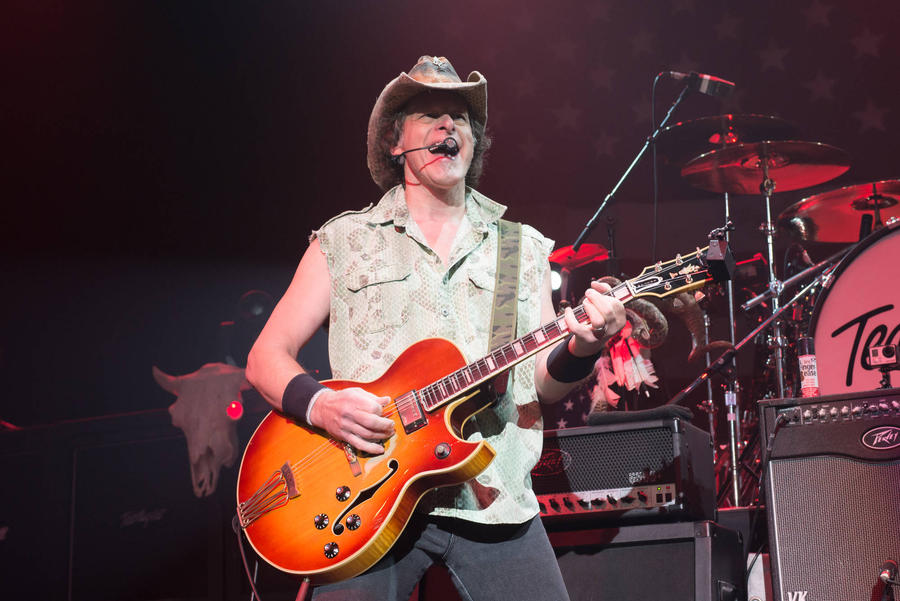 Ted Nugent Appears In New Donald Trump Campaign Ad