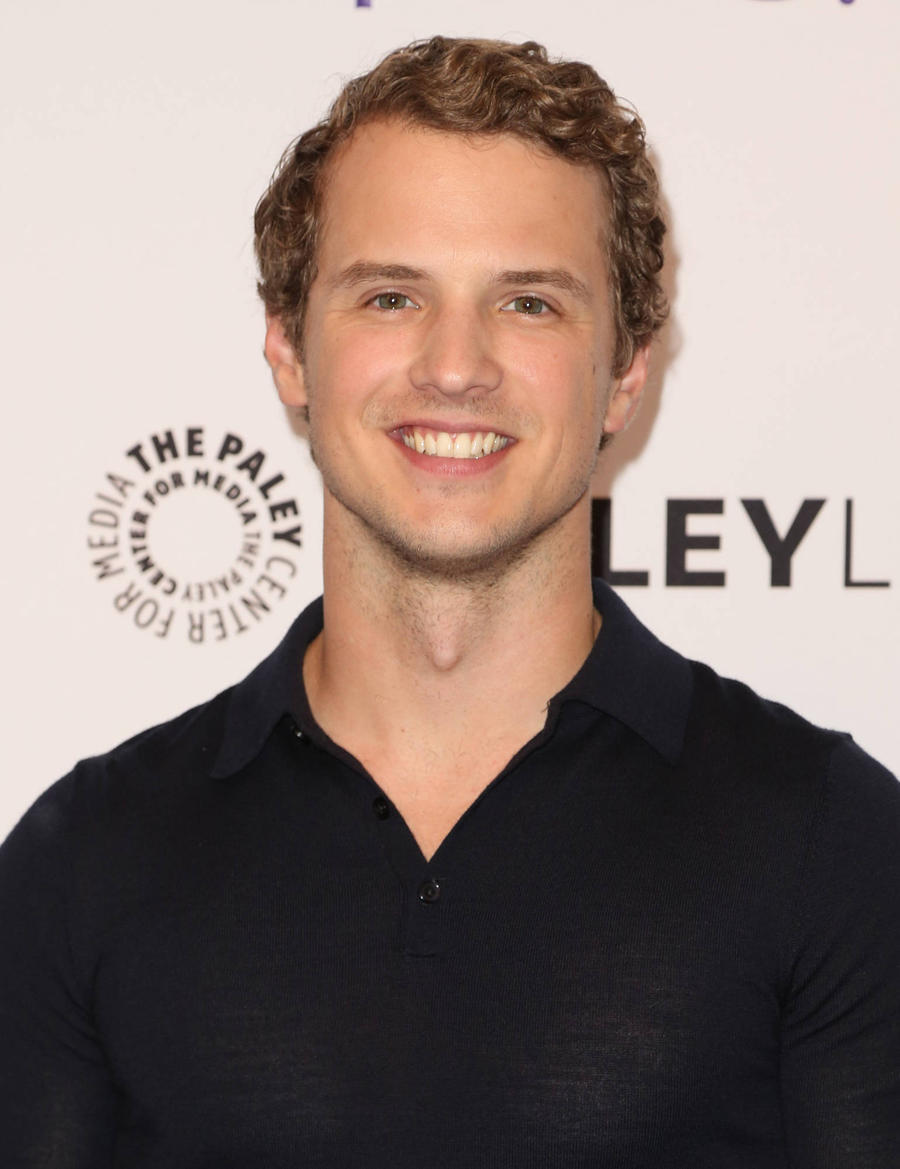 Freddie Stroma To Play H.g. Wells In New Tv Series