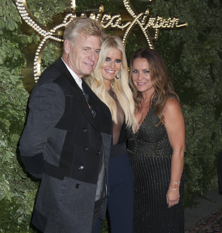 Jessica Simpson's Dad Has Prostate Cancer