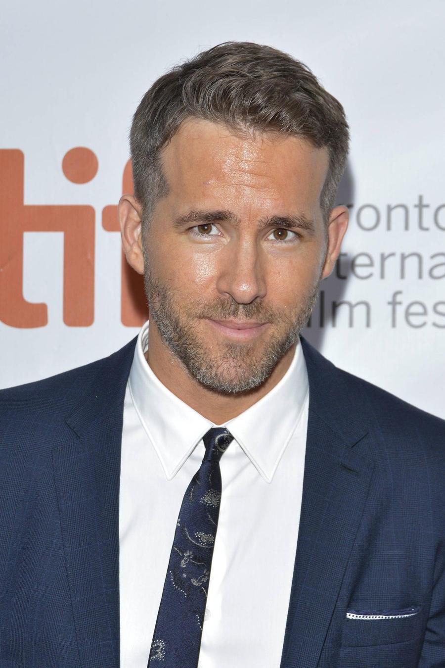 Ryan Reynolds Takes On Testicular Cancer As Movie Superhero Deadpool