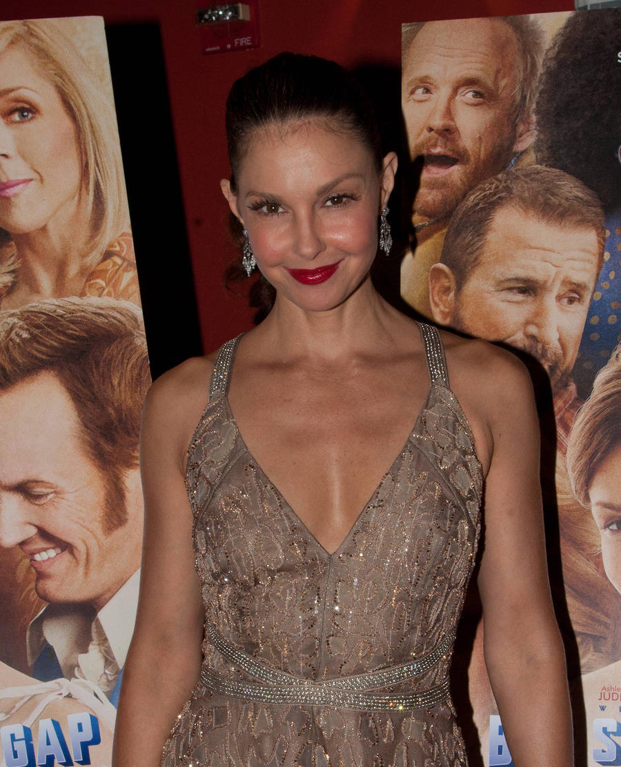 Ashley Judd Moving Into Twin Peaks