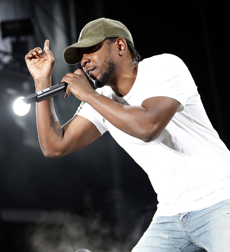 Kendrick Lamar Surprises Teens For Rap Battle