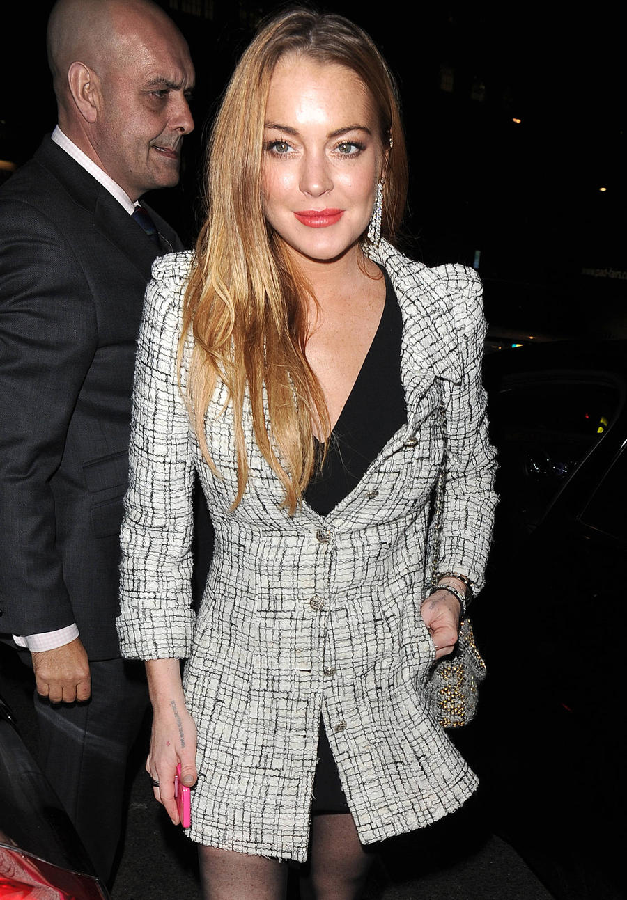 Lindsay Lohan Feuding With Mum Again
