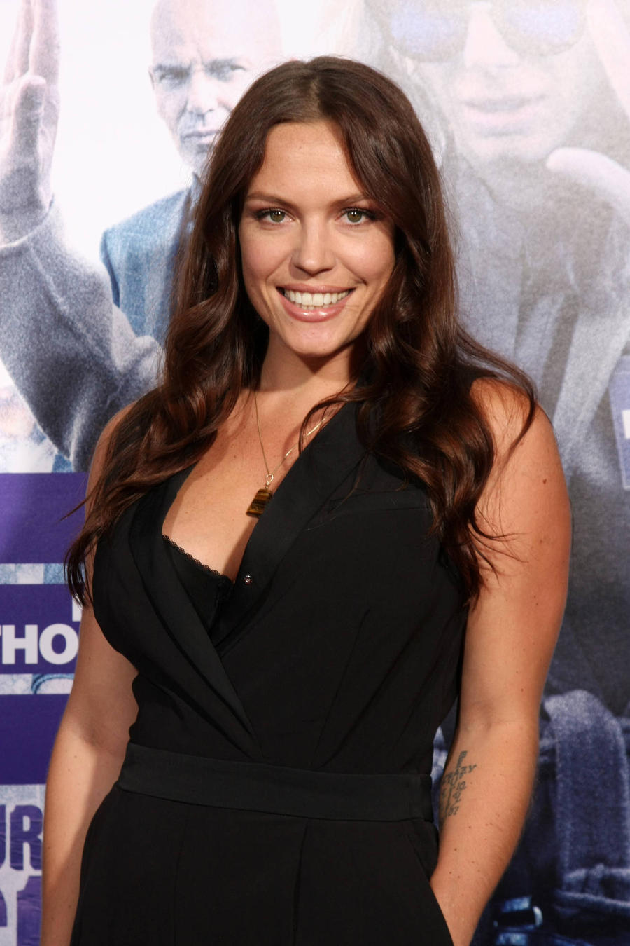 Actress Agnes Bruckner Is A First-time Mum