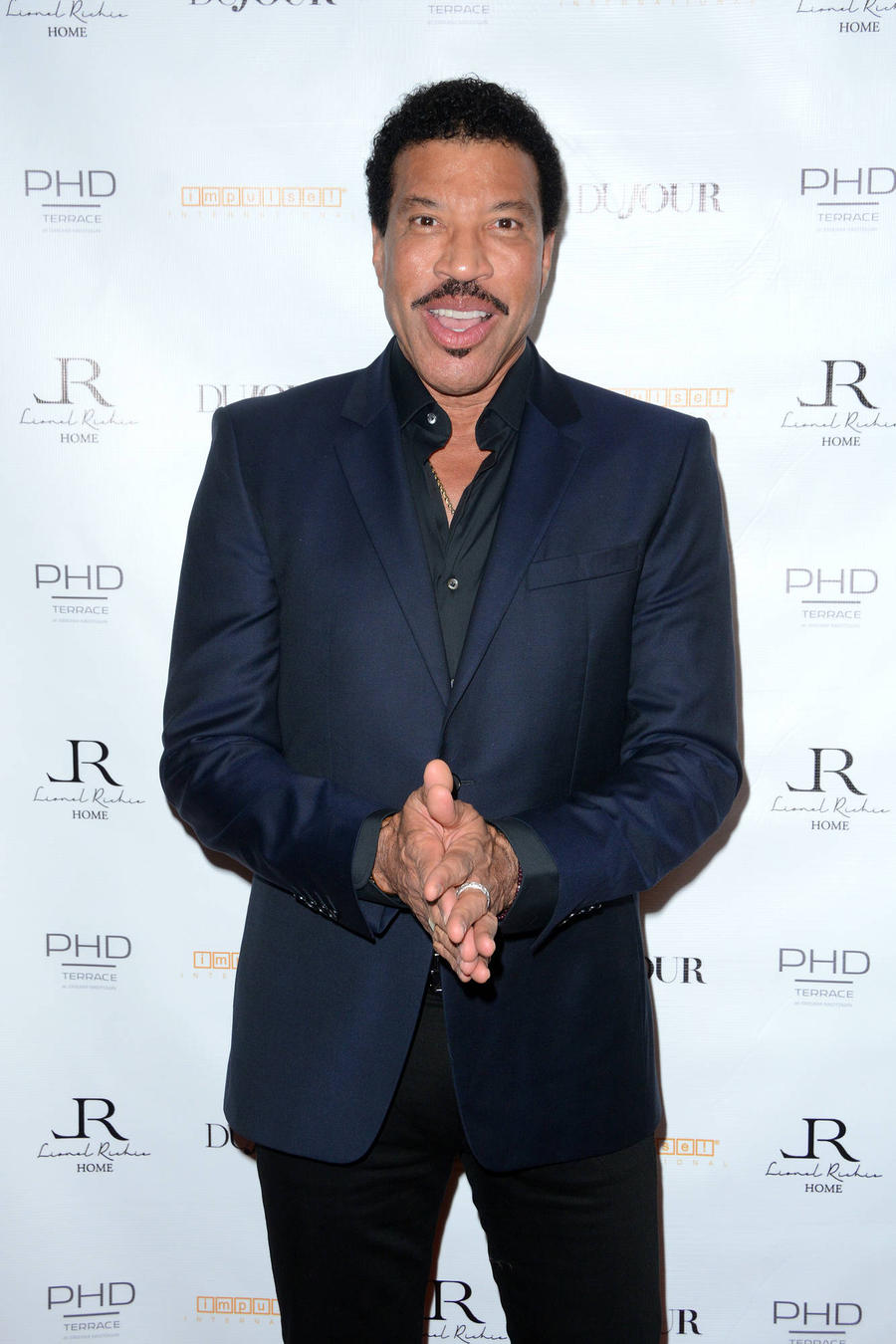 Lionel Richie Wary Of Music Streaming