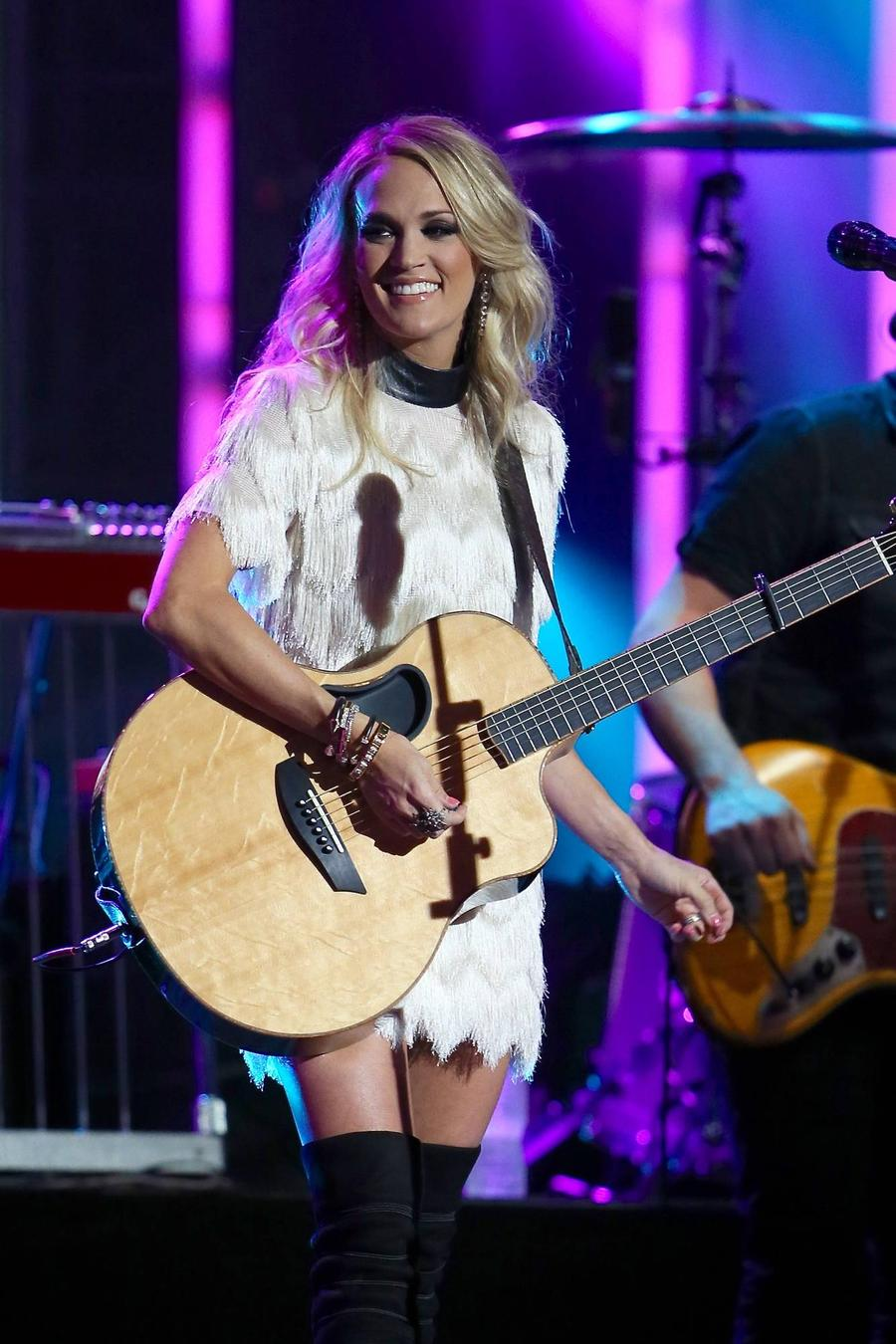 Carrie Underwood To Honour Military Families On Tour