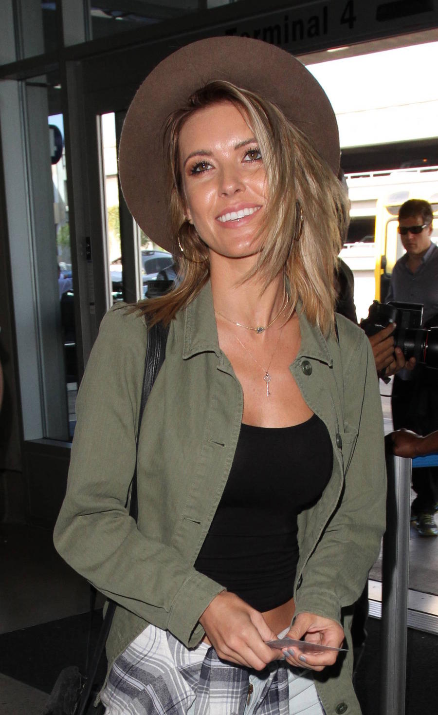 Audrina Patridge Blasted Rock Music During Scary C-section Birth
