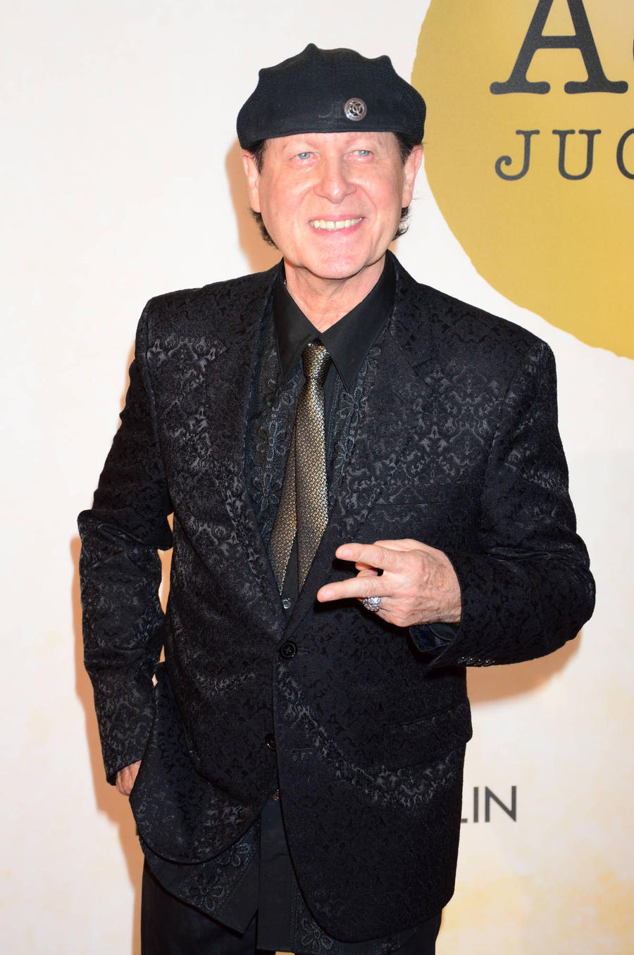 Scorpions Singer Struck Down With Viral Infection
