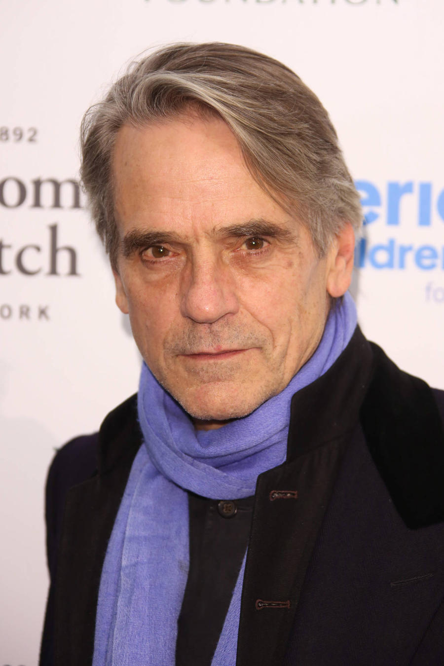 Jeremy Irons Urges Brits To Go Green For Valentine's Day
