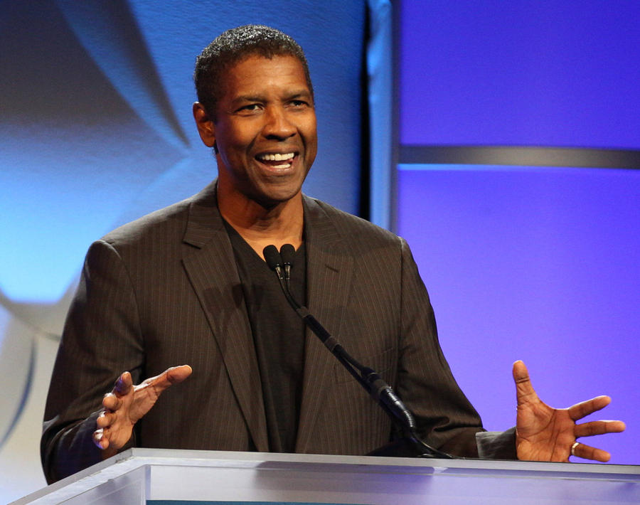 Denzel Washington: 'Fences Needed A Black Director'