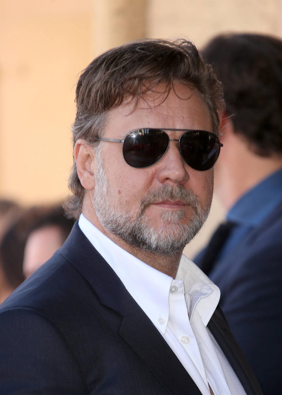 Latest Russell Crowe N...