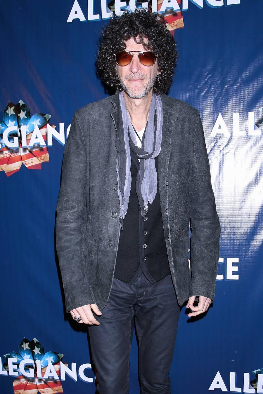 Howard Stern Gathers Stars For Beatles' Revolver Tribute