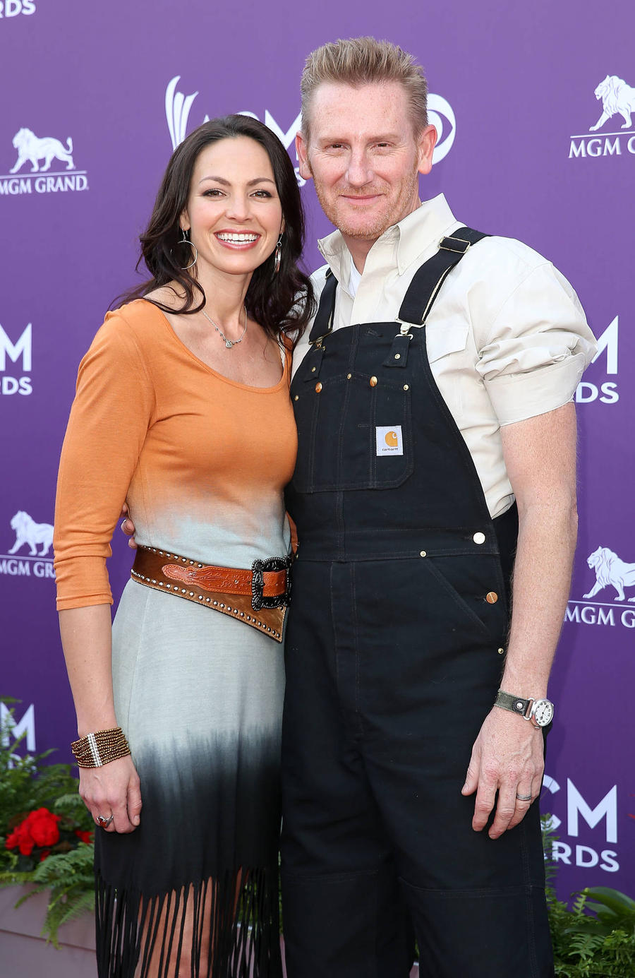Rory Feek Taking Late Wife's Parents To Cma Awards