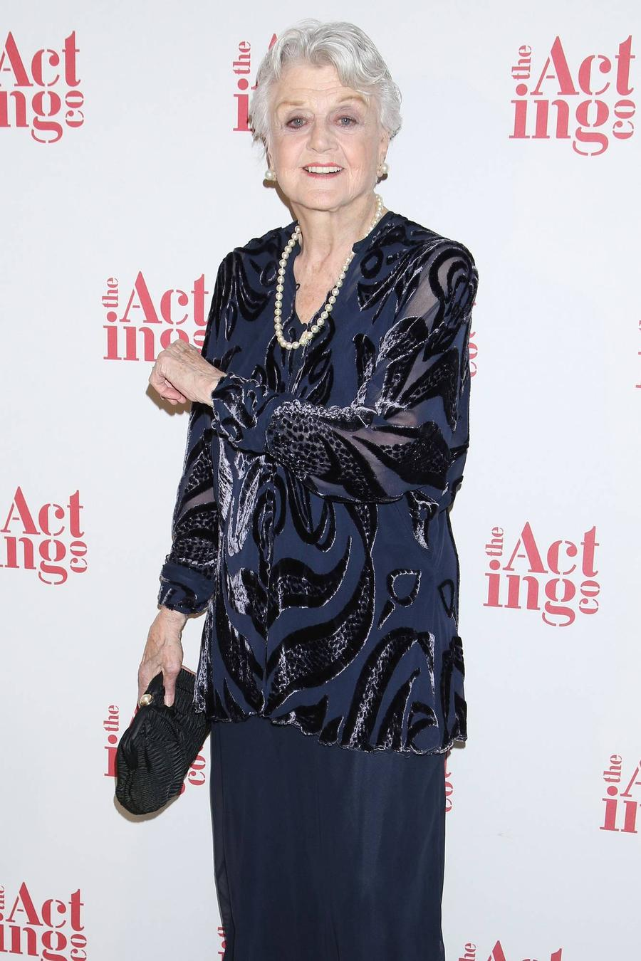 Angela Lansbury Joins Mary Poppins Sequel Cast