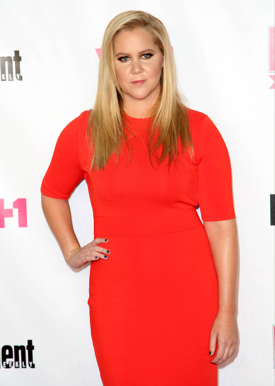 Amy Schumer Buys Back Her Dad's Old Farm