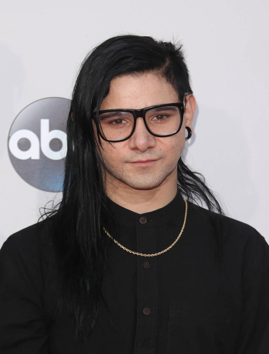 Skrillex Lands Beats 1 Radio Show