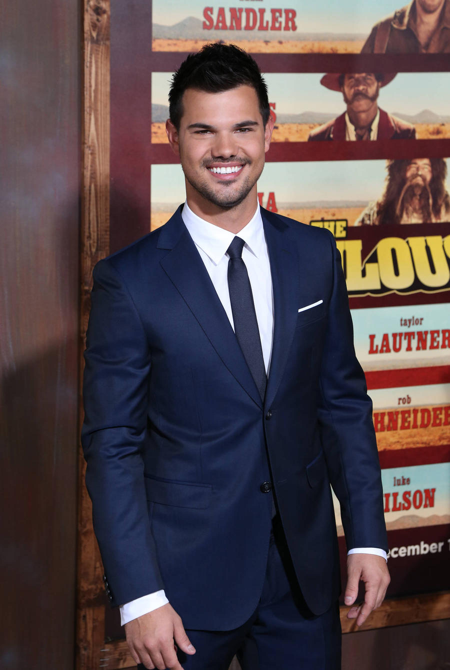 Taylor Lautner Was Confused And Intrigued By Sitcom Cuckoo