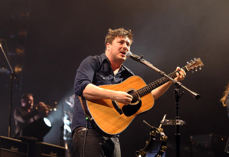 Mumford & Sons Join Bowie Tribute For Second Night Of Covers