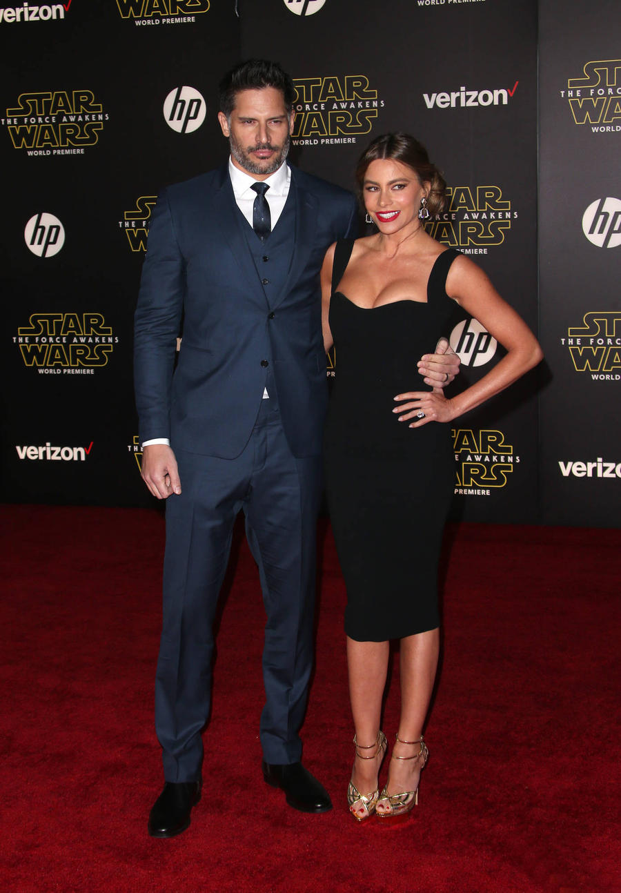 Joe Manganiello: 'I Held On To Sofia Vergara For Dear Life'