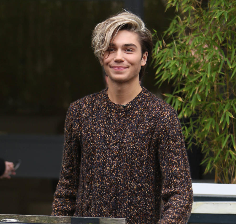 George Shelley 'Comes Out' As Bisexual