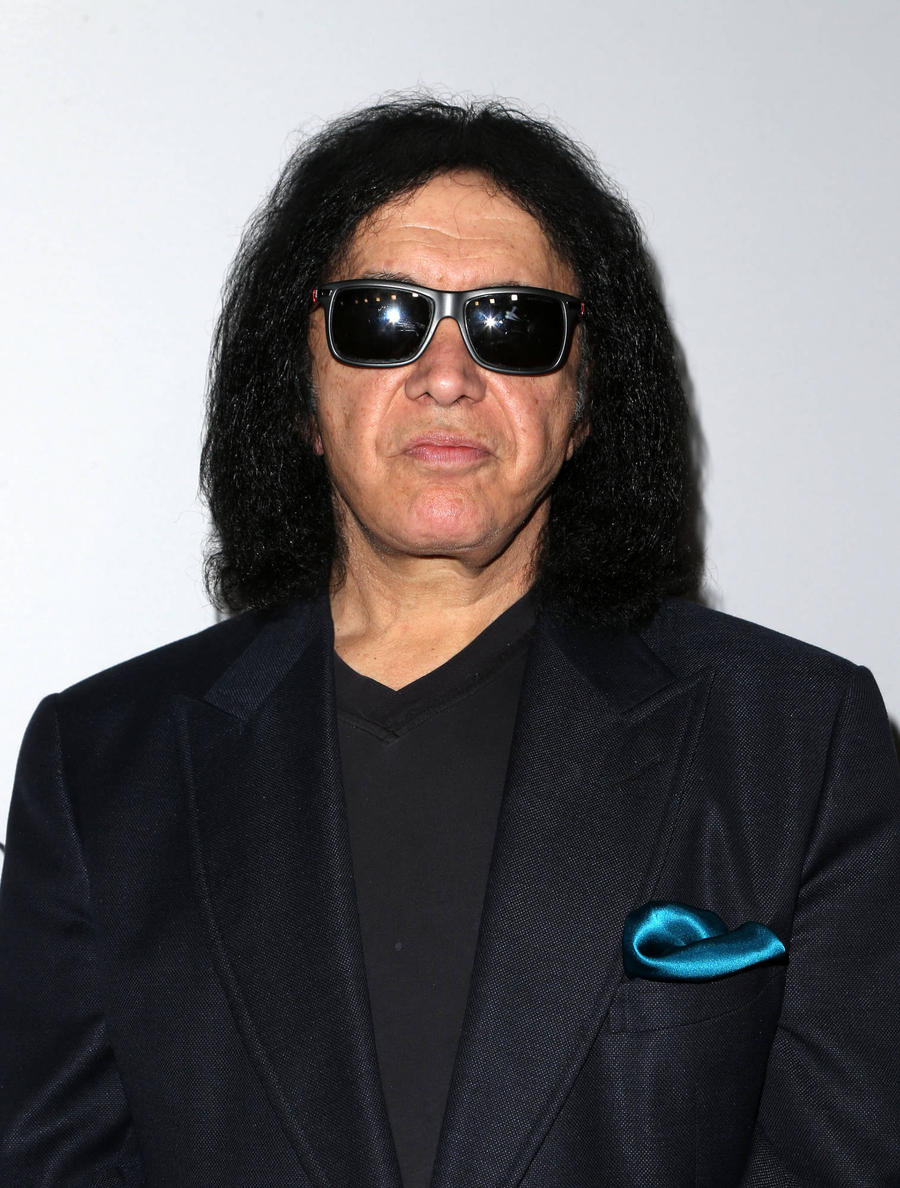 Gene Simmons Flies To Las Vegas Hospital To Meet Dying Kiss Fan