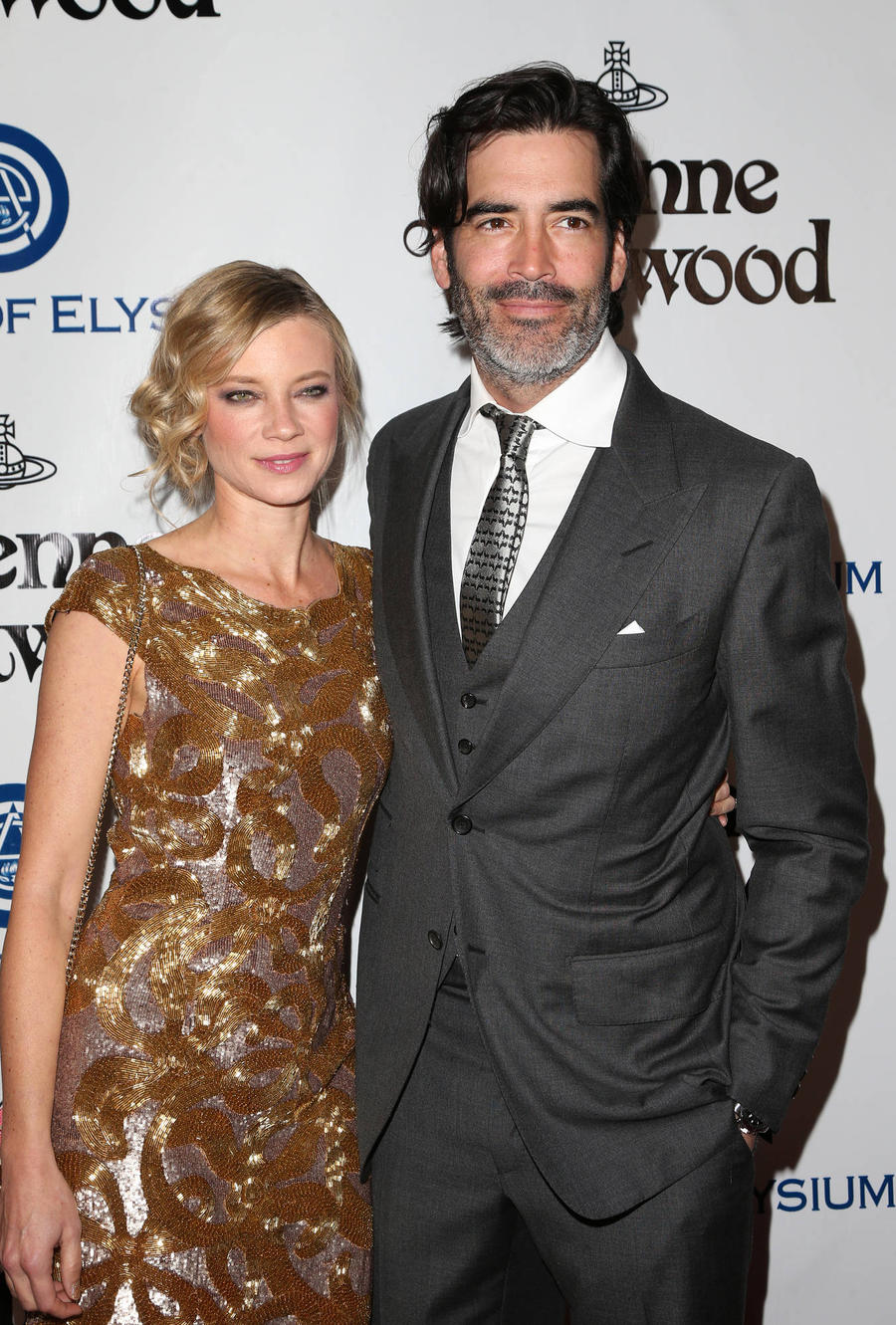 Amy Smart Used Surrogate To Realise Baby Dream