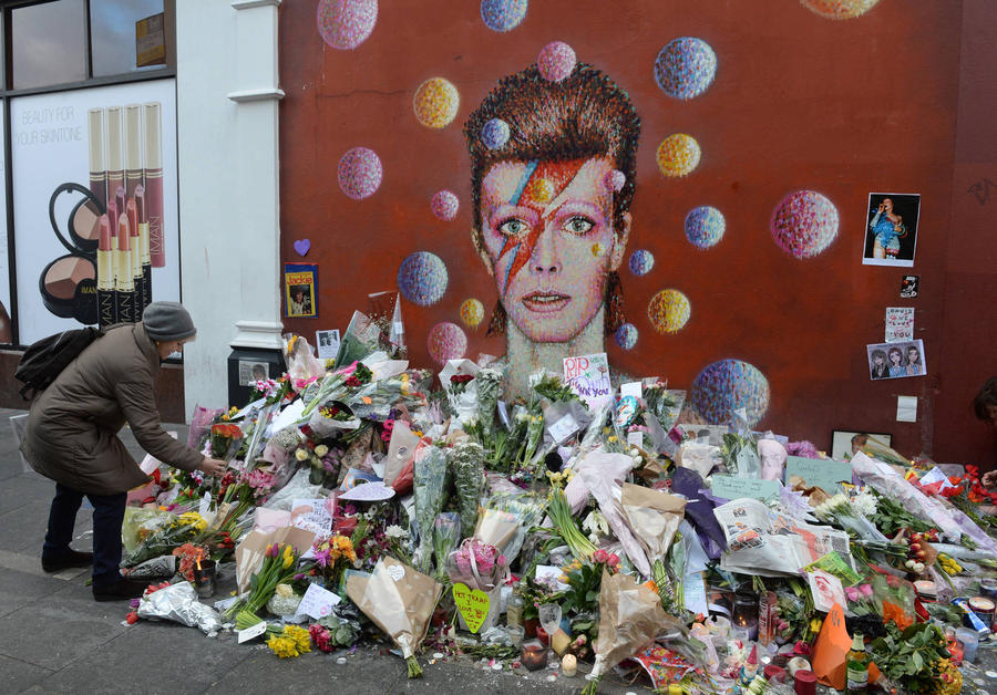 Officials Vote To Protect David Bowie Mural