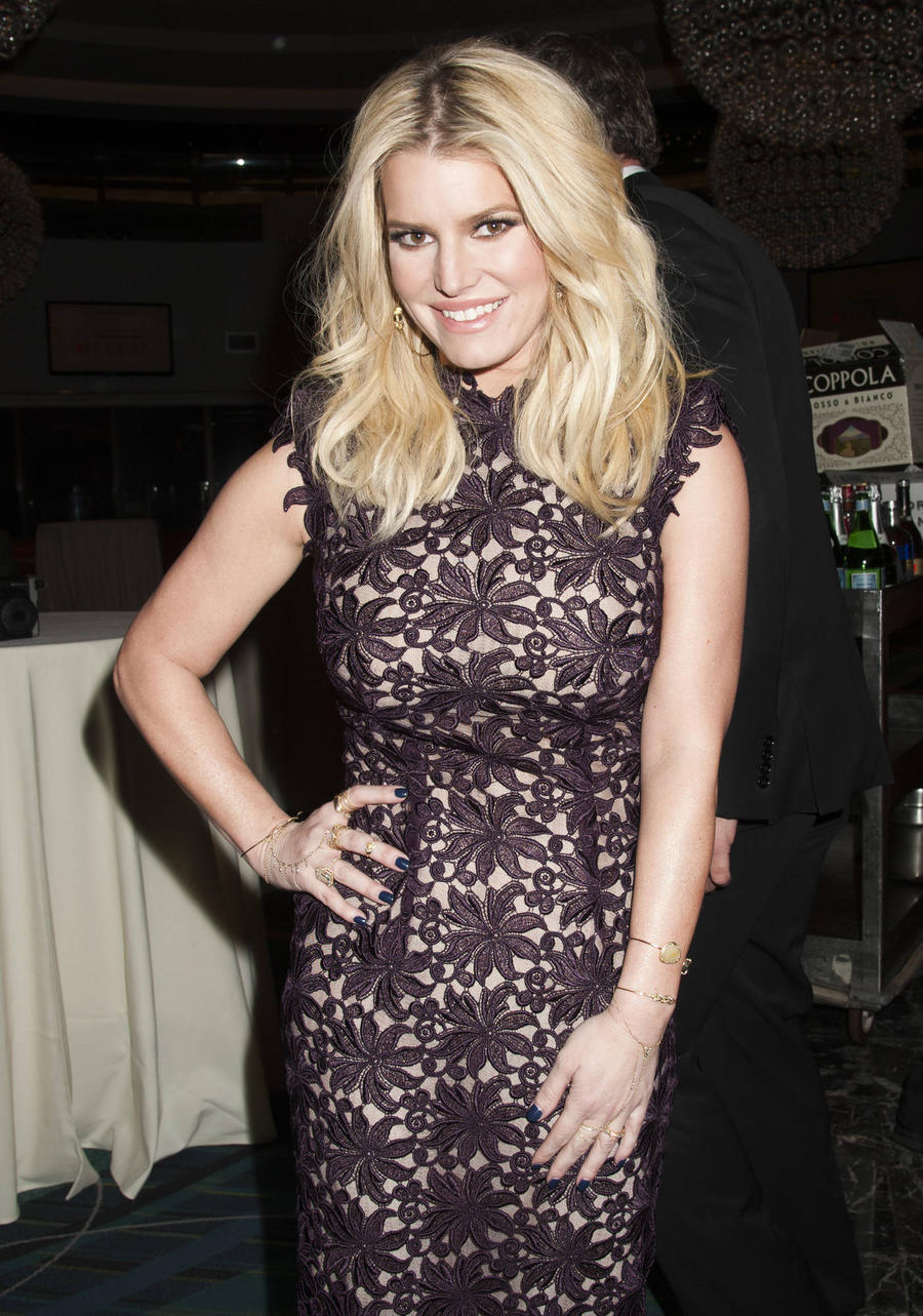 Jessica Simpson Interested In Las Vegas Comeback - Report