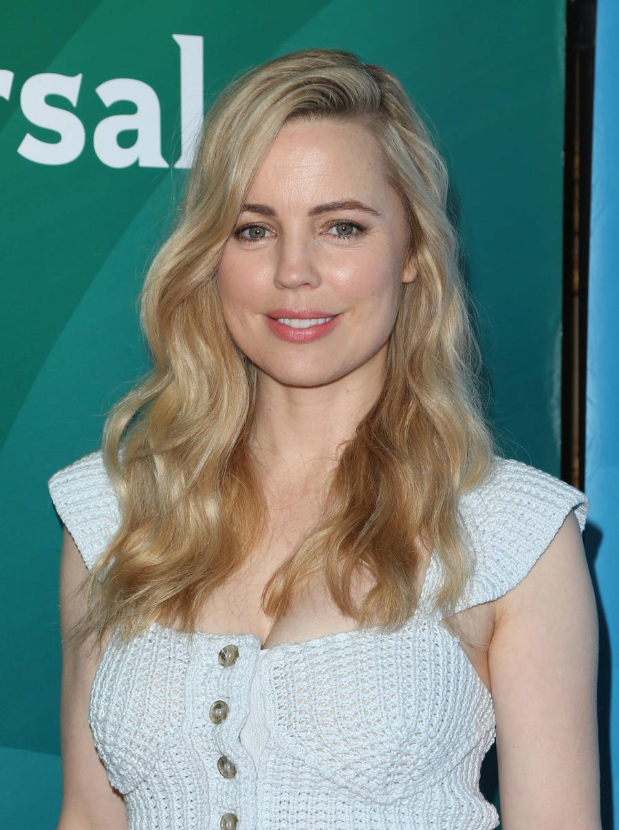 Melissa George Caught Courtney Love On The Loo