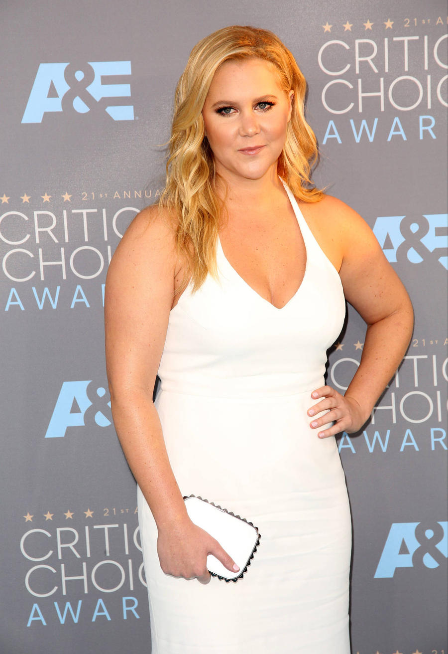 Amy Schumer Slams Glamour Bosses Over Plus-size Salute