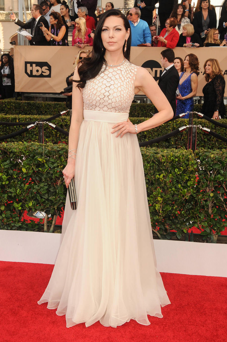 Laura Prepon's Sag Dress Had A Dramatic Journey To The Red Carpet