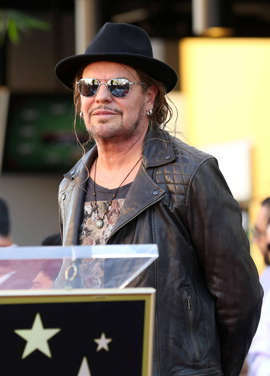 Mana Frontman: 'Latinos Think Donald Trump Is A Joke'