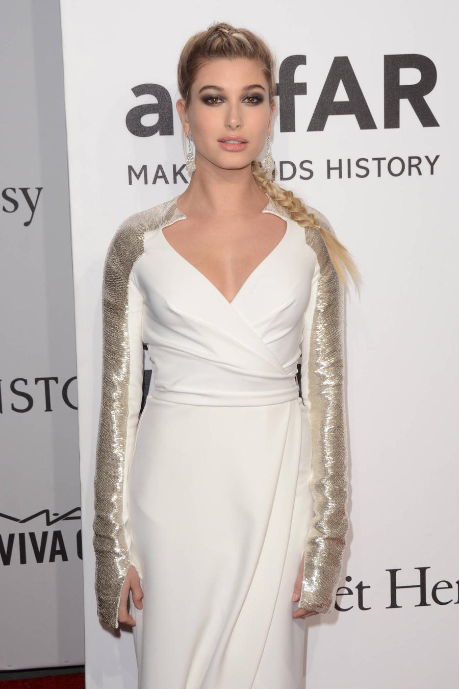 Hailey Baldwin Breaks Her Foot After Met Ball - Again