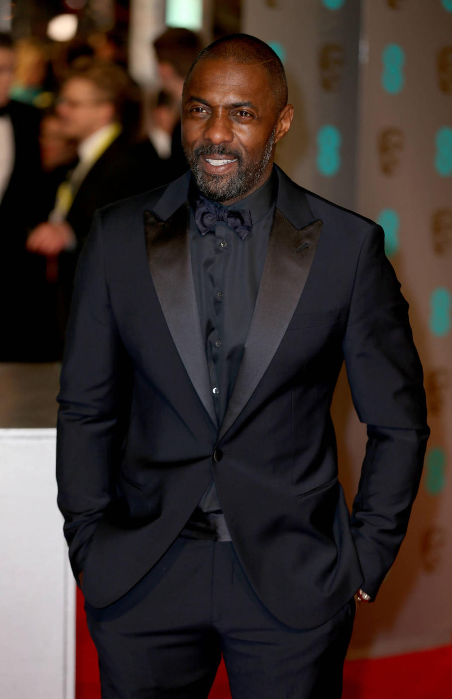 Idris Elba Takes Proud Mum To Buckingham Palace