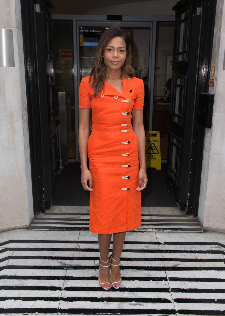 Naomie Harris: 'Daniel Craig Deserves More Respect As James Bond'