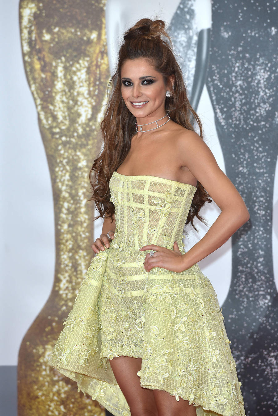 Cheryl Drops Fernandez-versini Surname Amid Divorce