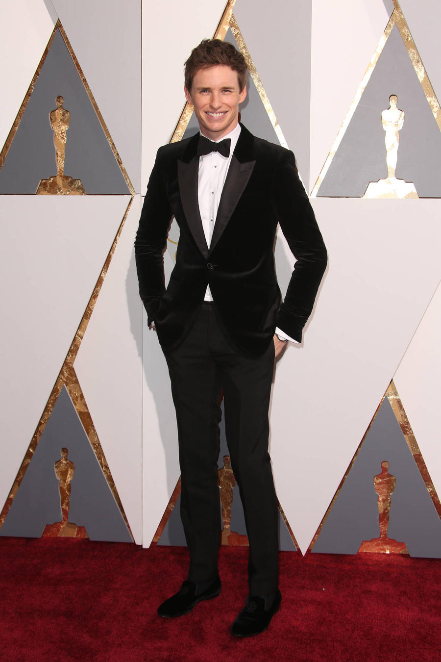 Eddie Redmayne Becomes An Uncle On Oscars Night