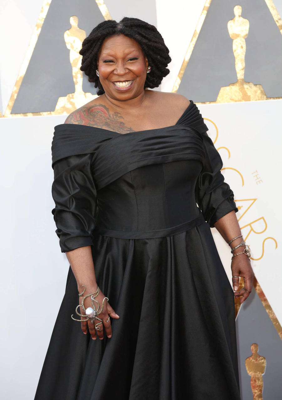 Whoopi Goldberg Honoured With Elizabeth Taylor Legacy Award