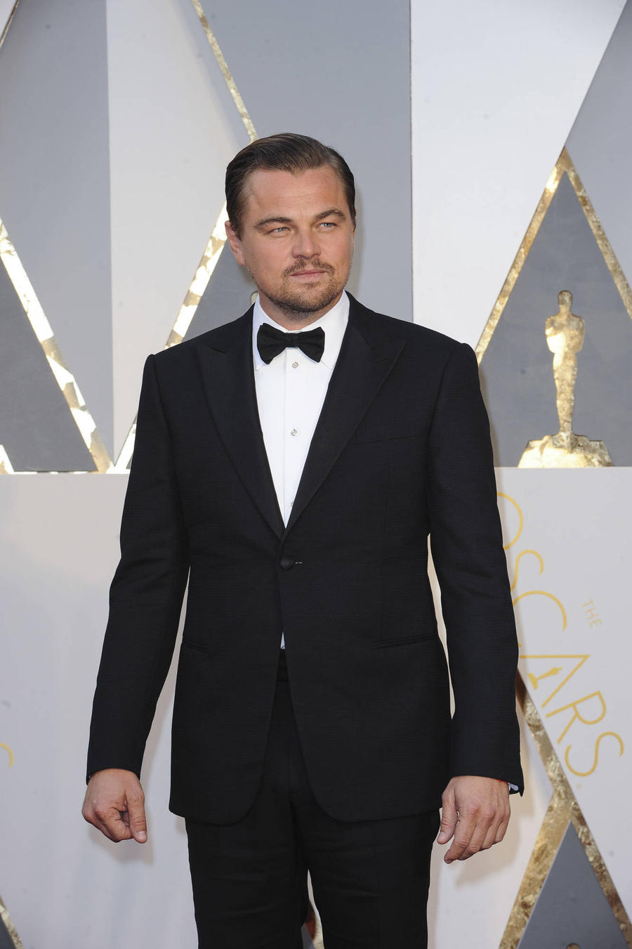 Leonardo Dicaprio To Star In And Produce Italian Sherlock Holmes Story