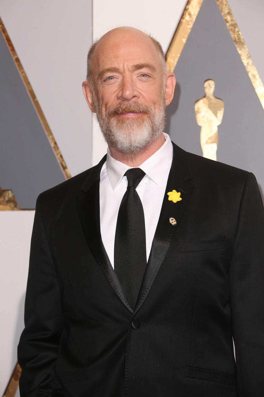 J.k. Simmons: 'My Bulging Biceps Aren't For Justice League'
